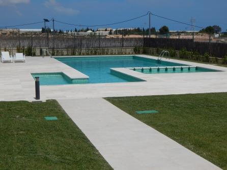apartments swimming pool