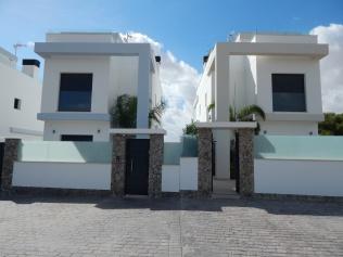 Villa Balcon 001